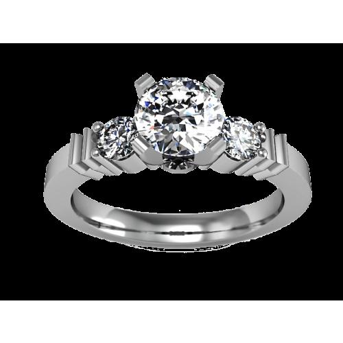 Золотое кольцо с бриллиантом 0,72 карат