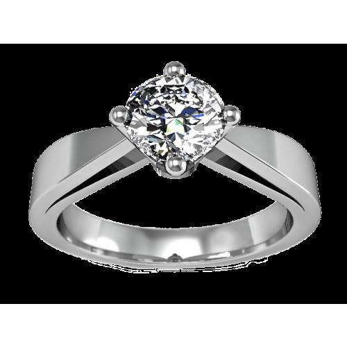 Золотое кольцо с бриллиантом 0,60 карат