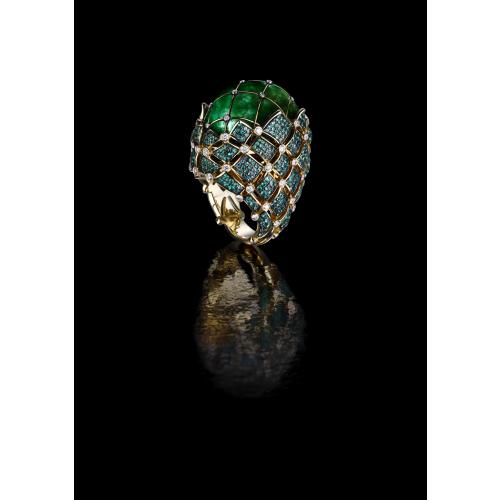 Эксклюзивное кольцо с изумрудом 27 карат и бриллиантами Luys