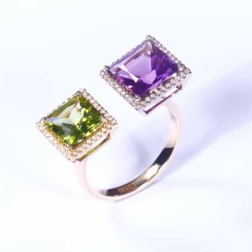 Кольцо из желтого золота с бриллиантами, аметистом и хризолитом